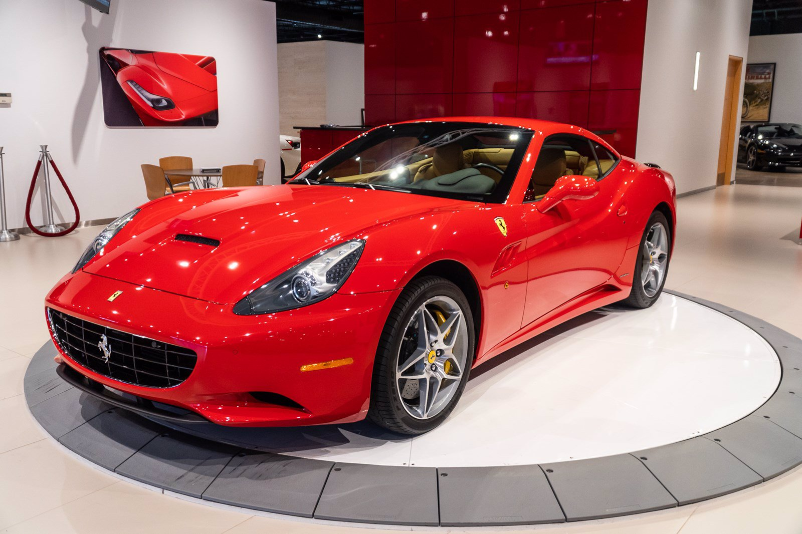 Pre-Owned 2012 Ferrari California